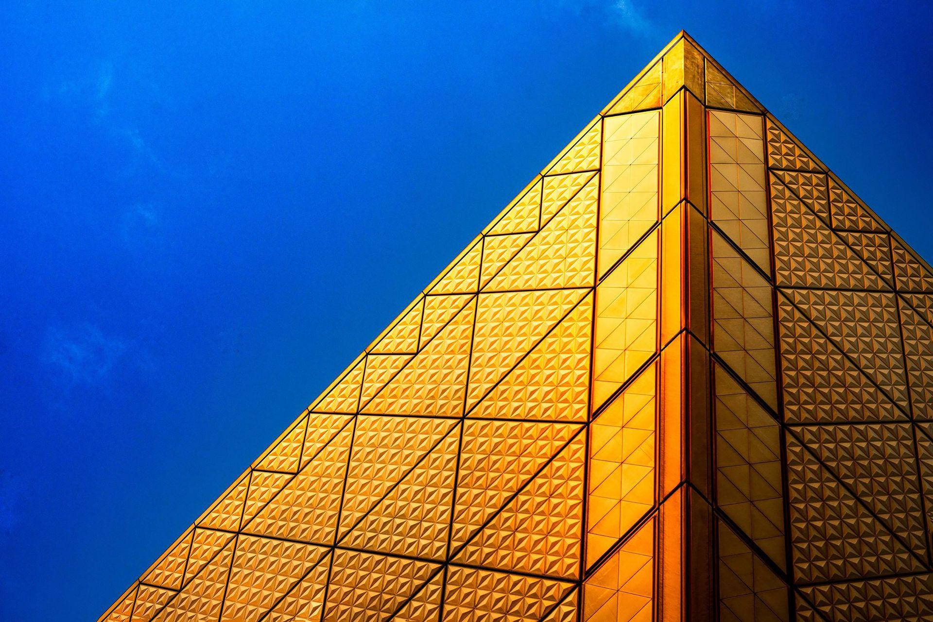 Cena zlata 2021 – koronavirus in gospodarska nestabilnost