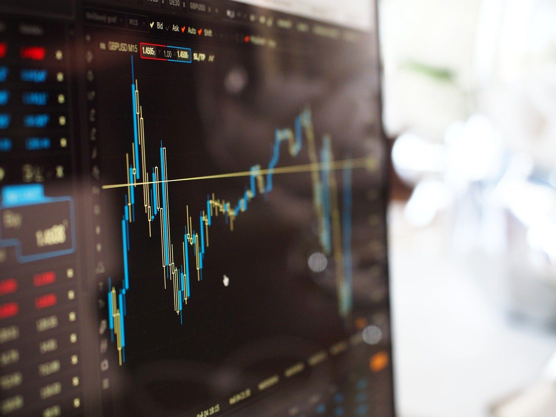 Napoved cene zlata – kako natančna je lahko in kaj vpliva nanjo?